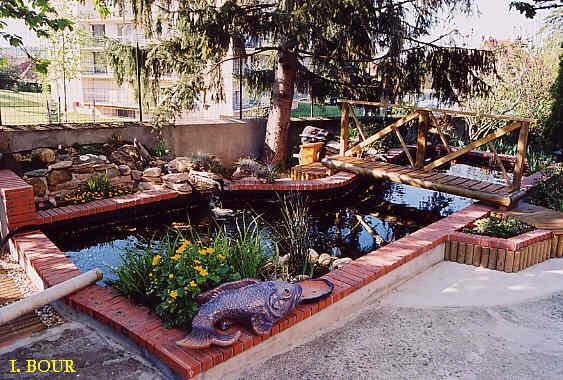Bassin pierre japonais mulhouse maison design - Bassin jardin japonais ...
